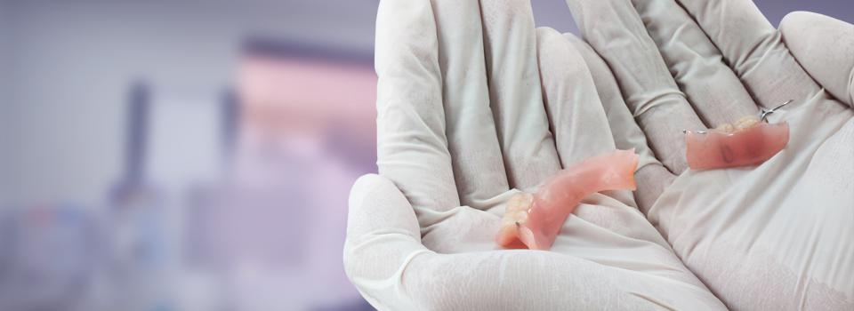 Emergency denture repairs at Dentures Plus (Leederville, Leeming, Maddington & Joondalup)